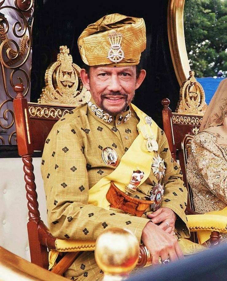 Sultan Bruneja wiki proudbruneian cc by 3.0