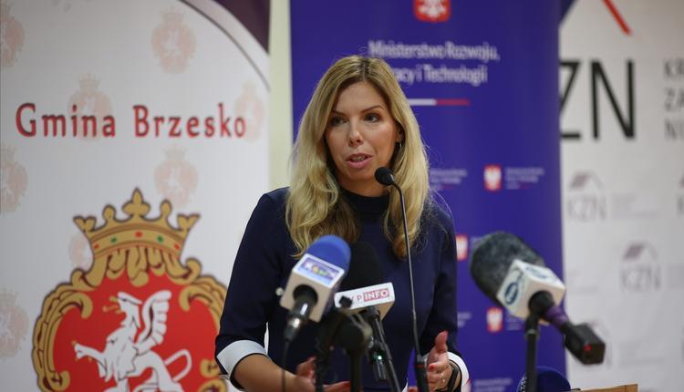 Wiceminister Kornecka zdymisjonowana. Porozumienie wyjdzie z koalicji? Jest KOMENTARZ Gowina