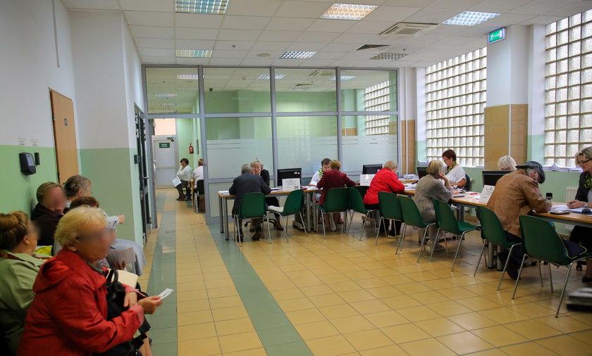 Od października ZUS będzie przyjmować wnioski o nawet 500 zł comiesięcznej pomocy