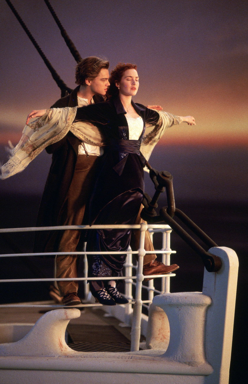 "Kate Winslet i Leonardo DiCaprio w filmie ""Titanic"""