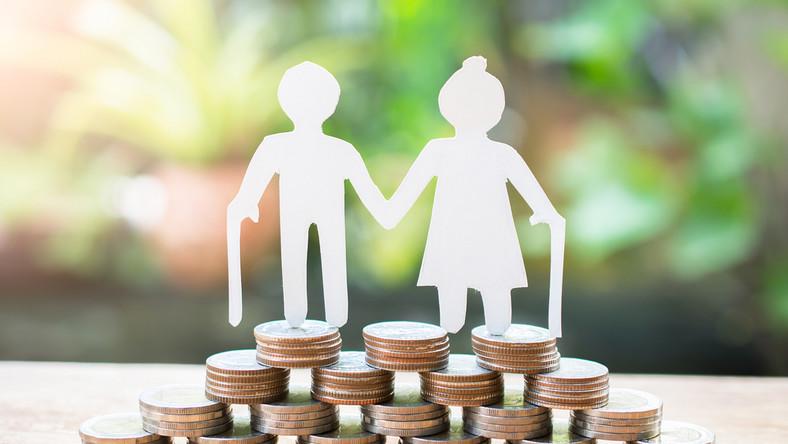 najniższa emerytura minimalna wysokość kwota świadczenie zus emeryt renta rencista 2021