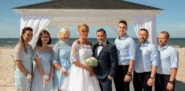 Kamila i Patryk spełnili niezwykłe marzenie. Wzięli ślub na plaży!