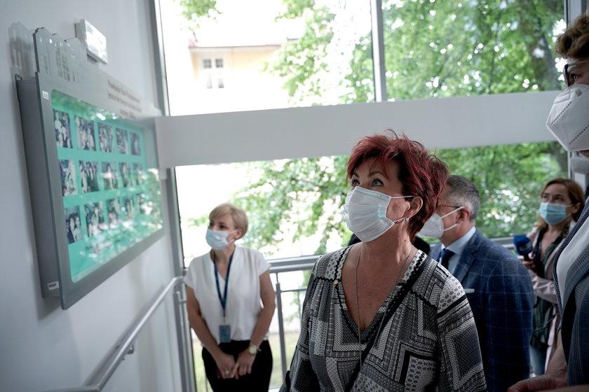 Tak Jolanta Kwaśniewska świętowała imieniny. Otworzyła po remoncie klinikę dla dzieci chorych na raka