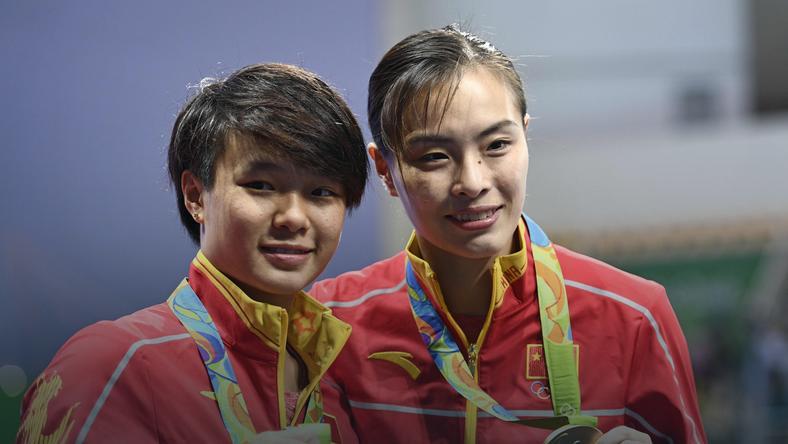 Shi Tingmao (L) i Wu Minxia