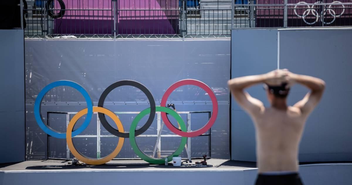 23 évvel ezelőtti holokauszt vicce miatt rúgták ki most az olimpia nyitóünnepségének rendezőjét