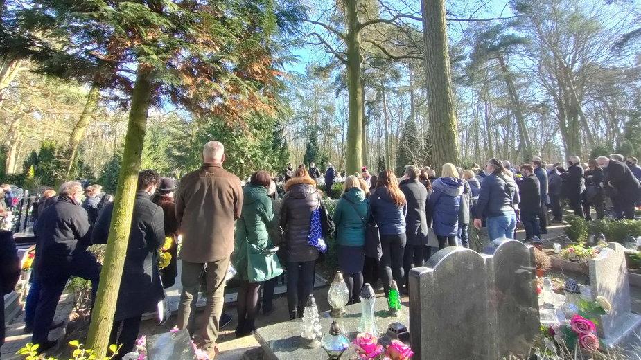 Szczecin: Pogrzeb ks. Andrzeja Dymera. Tłumy na ceremonii