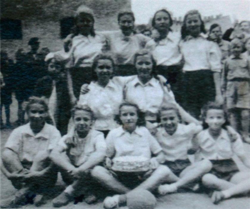 To zdjęcie ma niemal 70 lat. Ktoś się na nim rozpoznaje?
