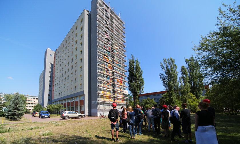 Na akademiku przy ulicy Matejki powstaje jeden z największych murali