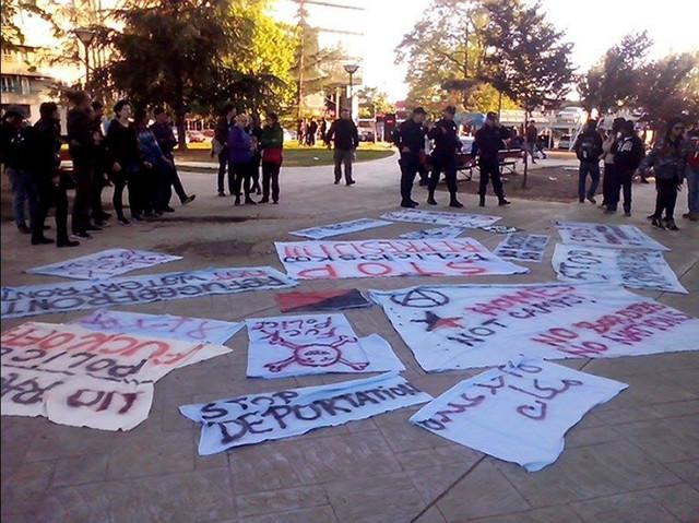 Protest ispred Miksališta protiv rušenja ovog prihvatilišta za azilante