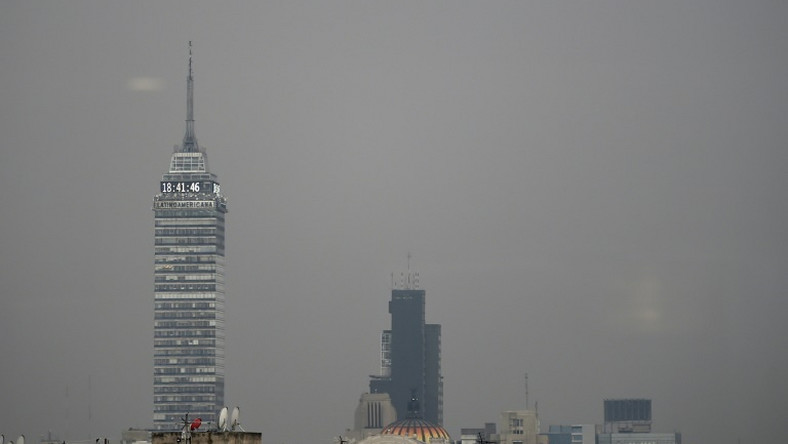 Mexico City is naturally prone to air pollution: it is surrounded by a ring of mountains that often trap smog over the capital, preventing it from dissipating