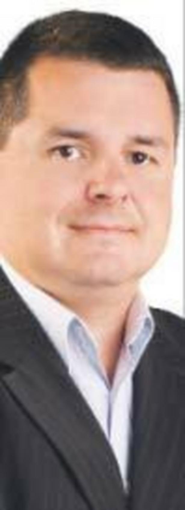Piotr Stępniewski, prezes zarządu eSKY.pl, systemu internetowej sprzedaży biletów lotniczych