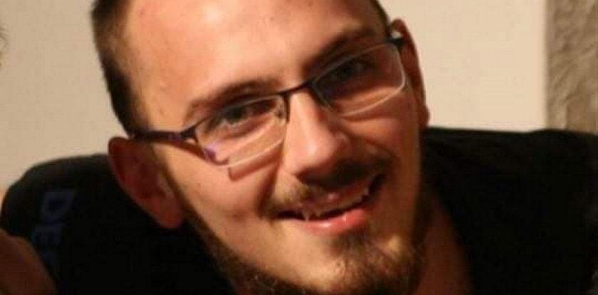 Wyszedł na papierosa i przepadł jak kamień w wodę. Gdzie jest 22-letni Krzysztof?