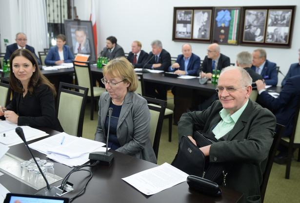 Wspólne posiedzenie senackich komisji ds. kultury i gospodarki,