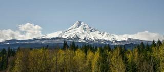 USA: Uratowano alpinistów, którzy utknęli na Mount Hood