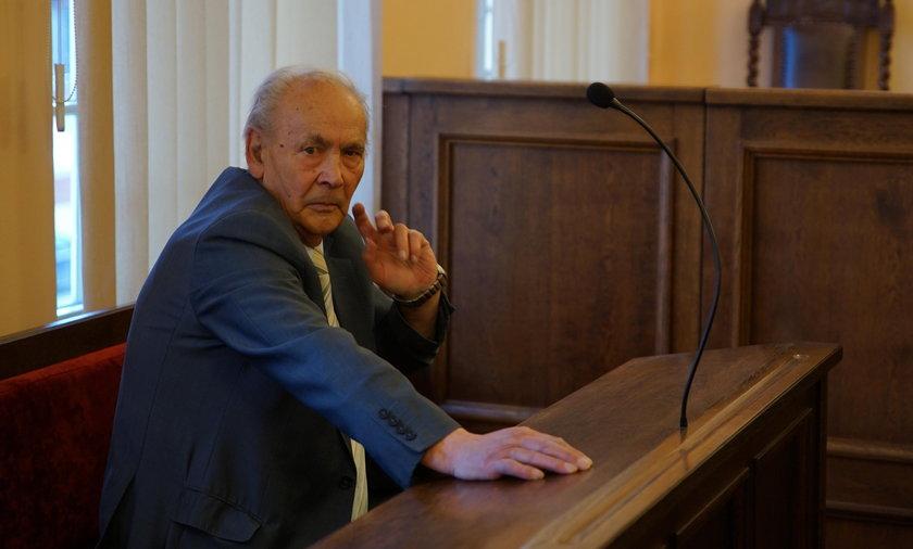 Lech Wałęsa przegrywa sprawę z Henrykiem Jagielskim