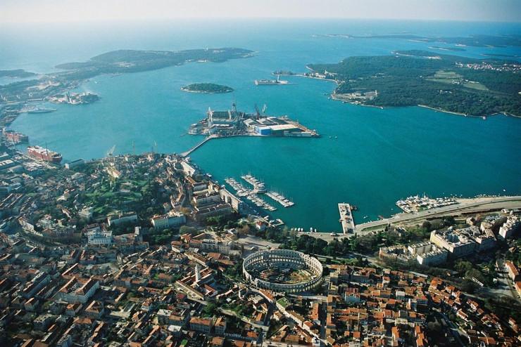 Pula Istra Wikipedia