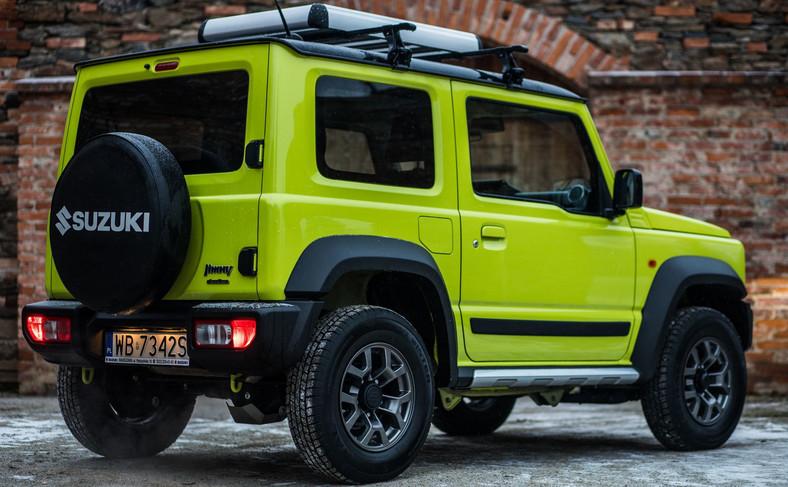 Suzuki Jimny - do końca września 2019 roku zarejestrowano w Polsce ok. 300 sztuk tej dzielnej terenówki