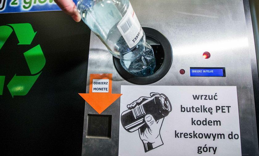 W Krakowie zapłacą za plastikowe butelki