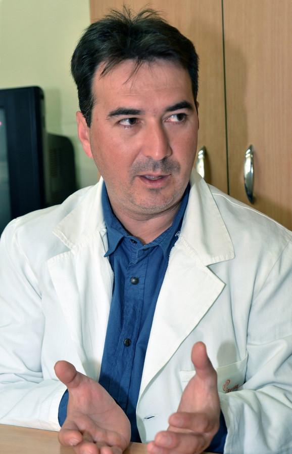 Dr Saša Živić