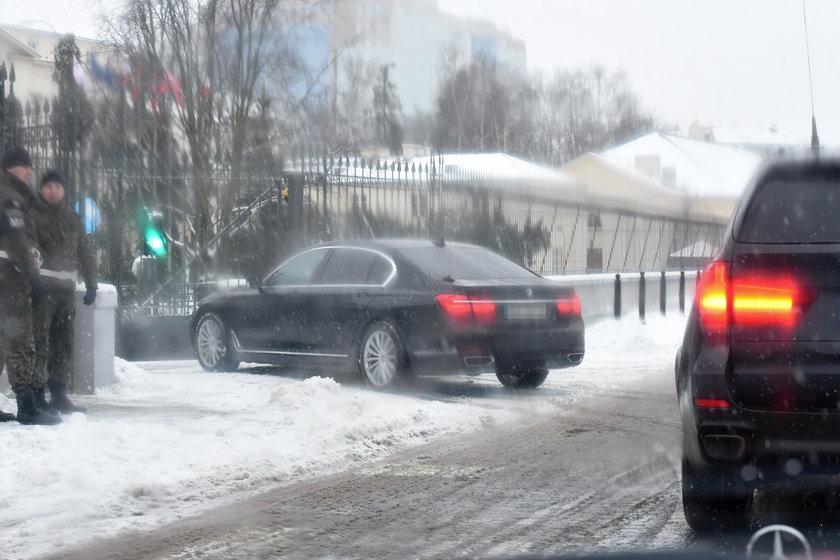 Ludzie Macierewicza szaleją na drodze!