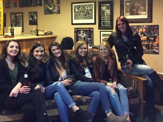 Ovo je najveća MISTERIJA INTERNETA: Niko ne može da pronađe noge devojke u sredini, možete li vi?