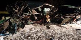 Czołowe zderzenie BMW. Z aut została miazga!