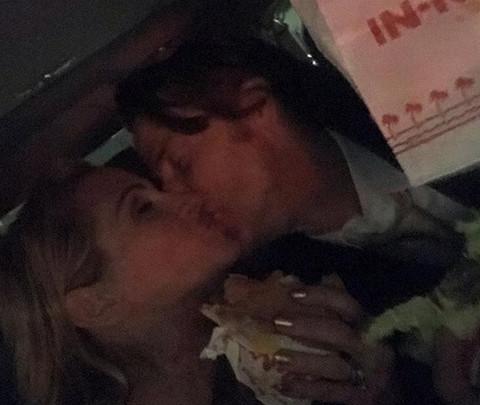 UHVAĆENA: Glumica malo jede, malo ljubi!