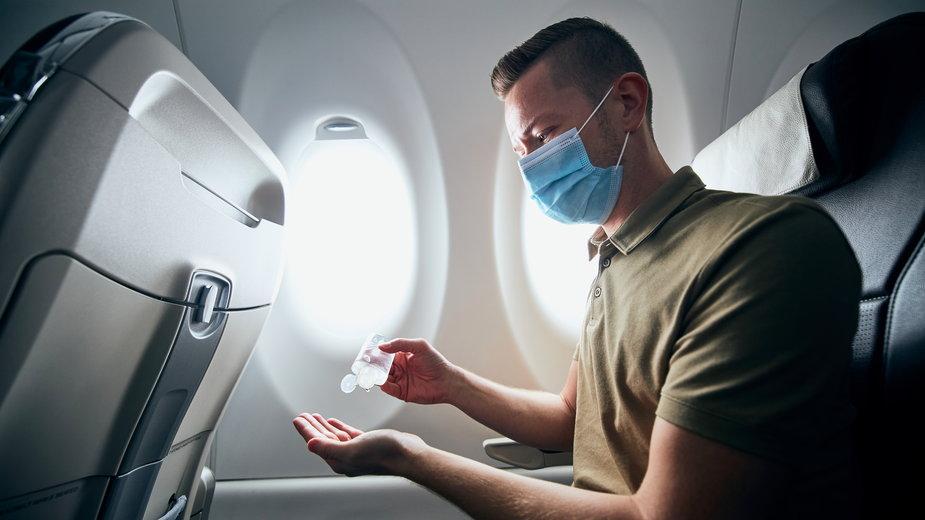 Przewoźnicy i przemysł lotniczy w USA chcą jednolitych zasad sanitarnych