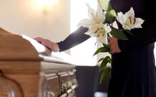 Na pogrzeb trzeba zaczekać: Półtora tygodnia lub dłużej