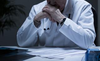 Prof. Sławek: Musimy iść na kompromis i zdecydować, komu skrócić listę badań diagnostycznych. Na SOR czekają kolejni [WYWIAD]