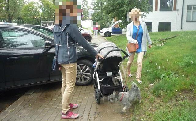 Brak 1,5 m chodnika dla pieszych - Warszawa, ul. Rydygiera