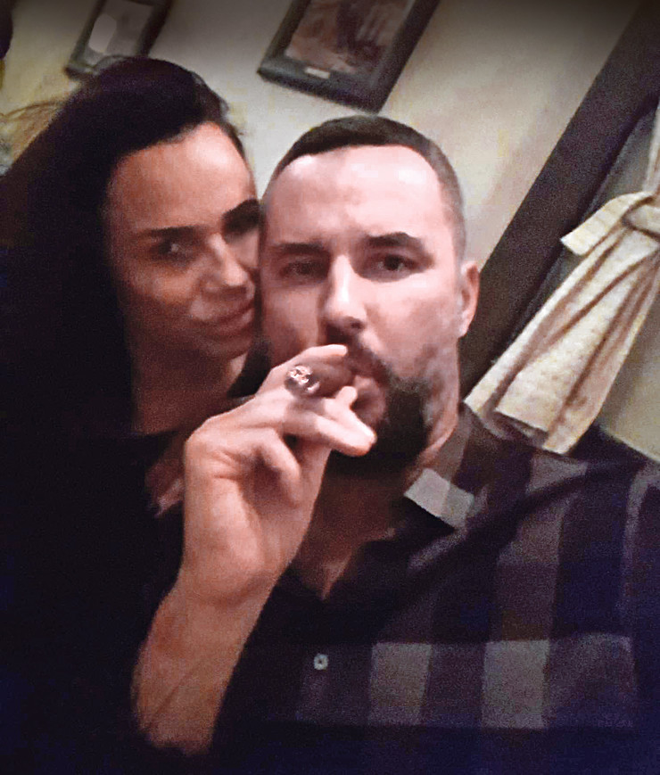Gurović je u odbrani koju je izneo u policiji rekao i da ga je ćerka napala nožem!