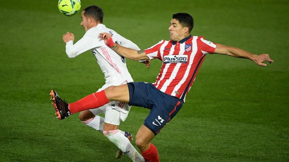 Lucas Vazquez (L) i Luis Suarez (P)
