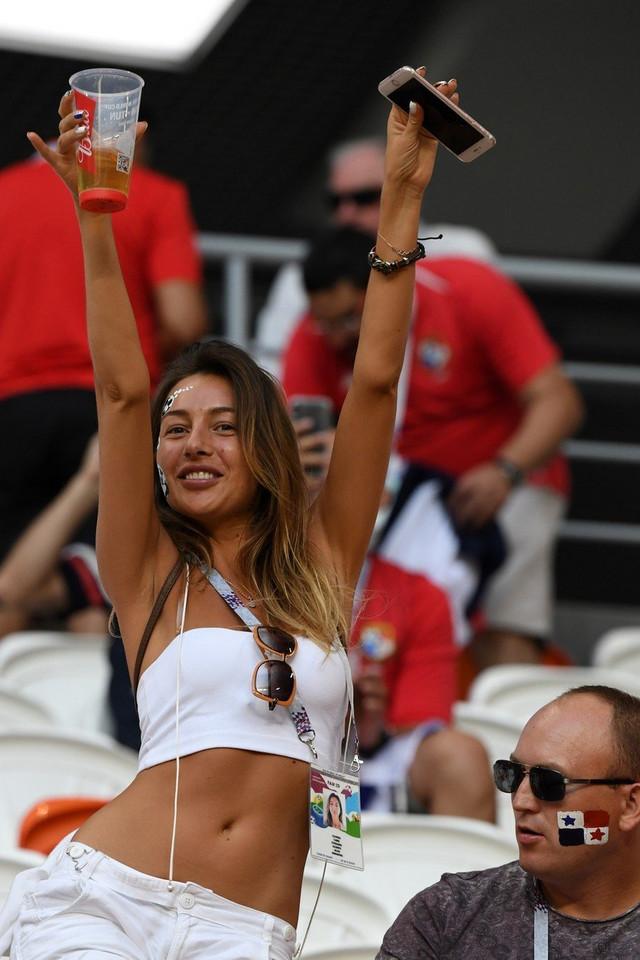 Navijačica Paname nije videla osvajanje nijednog boda njenih ljubimaca koji su sve vreme bili u formaciji 4-5-1