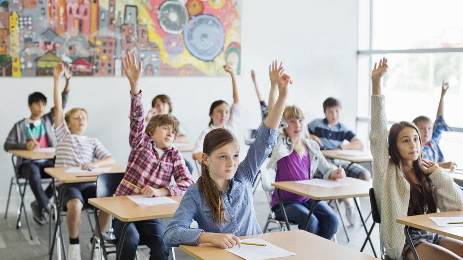 Jak wybrać najlepsze ubezpieczenie szkolne?