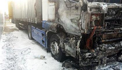 Spłonęły samochody ciężarowe