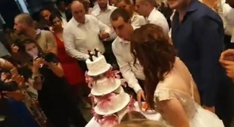 RASKOŠNA SVADBA: Lazar Ristovski oženio sina: Ček da vidite SNAJKU! VIDEO