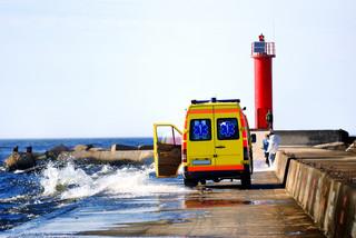 Rozporządzenie: Karetki tylko żółte, zmiany umundurowania zespołów ratownictwa