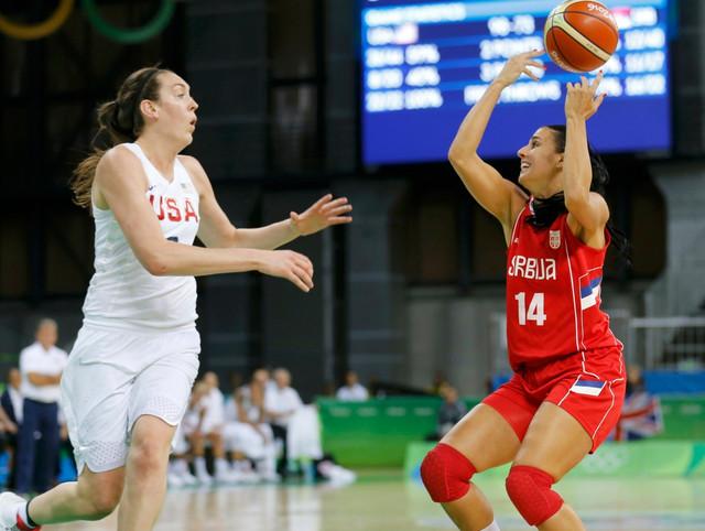 Ana Dabović protiv ženskog Drim tima