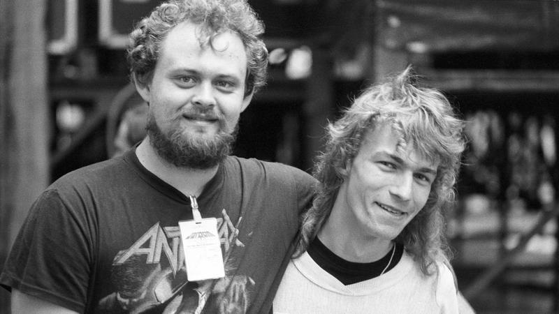 Tomasz Dziubiński (z lewej) podczas festiwalu Jarocin 1988