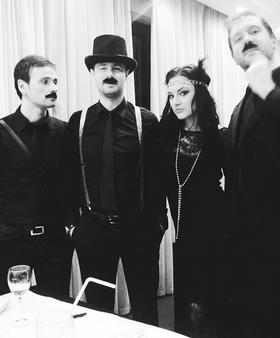 Mirna Radulović sa bendom