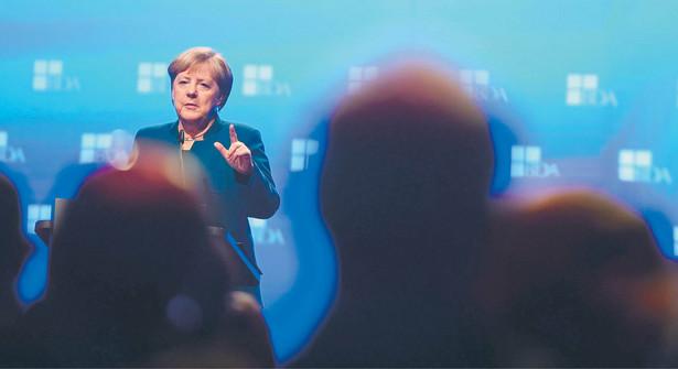 """fot. Clemens Bilan/EPA/PAPKanclerz RFN stwierdziła, że była to dla niej kwestia """"wiarygodności"""", bo wsparcie dla najbiedniejszych emerytów zapowiadali od lat również członkowie jej partii"""