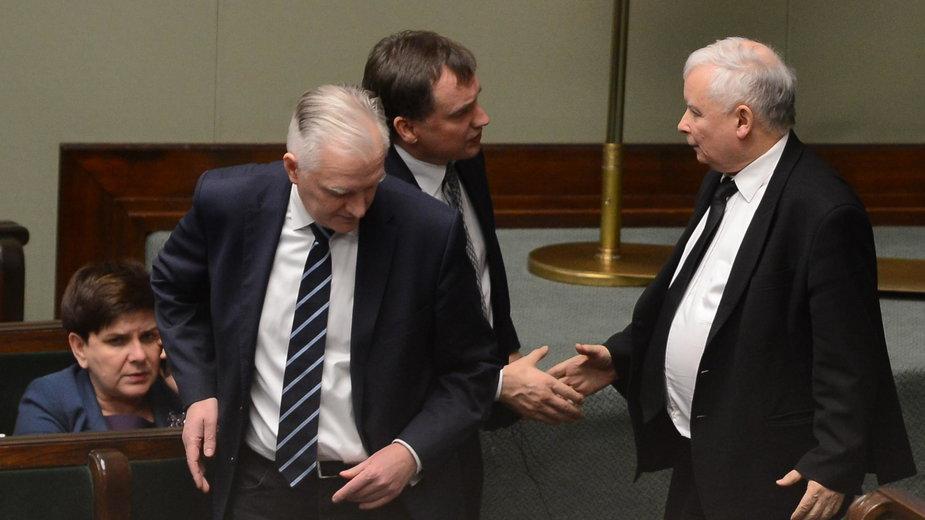 Jarosław Kaczyński, Zbigniew Ziobro i Jarosław Gowin w Sejmie
