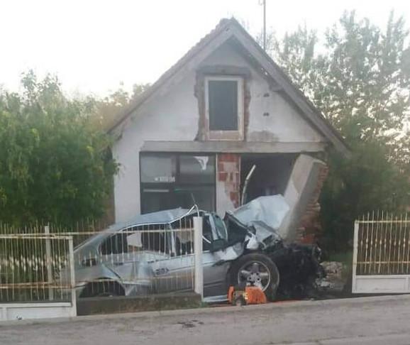 Stravična nesreća dogodila se u blizini Mladenovca