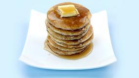 Ile czasu potrzeba, by obfite śniadanie odłożyło się w talii?