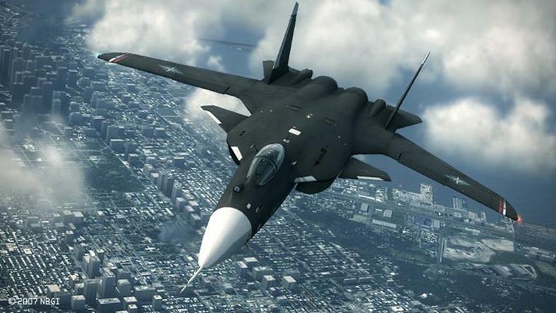 """Su-47 zbudowany jest w """"układzie kaczki"""". Konstrukcja maszyny pozwoliła osiągnąć wysoką manewrowość oraz mniejszą wrażliwość na przeciągnięcia"""