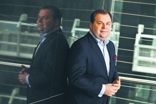Sebastian Mikosz, Prezes LOT