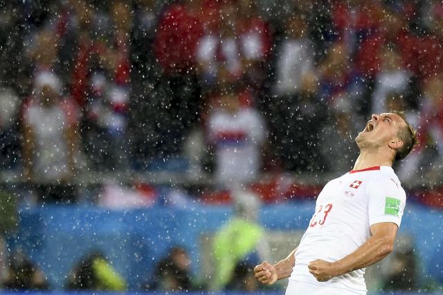 Đerdan Šaćiri slavi trijumf nad reprezentacijom Srbije