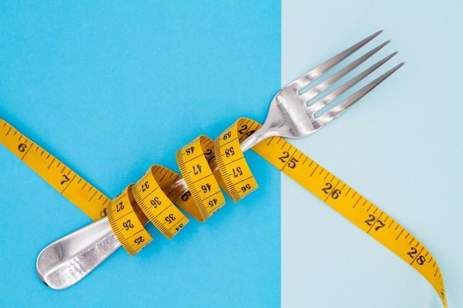 Jedite isključivo viljuškom i ne koristite nož i kašiku