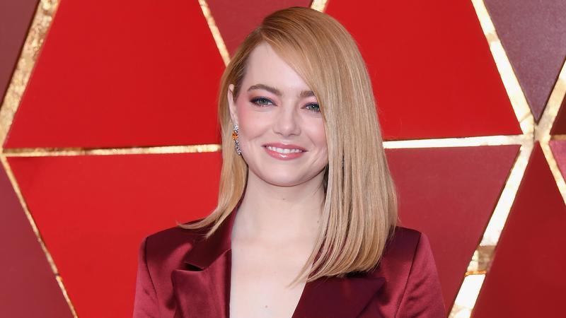 Oscary 2018. Emma Stone na czerwonym dywanie